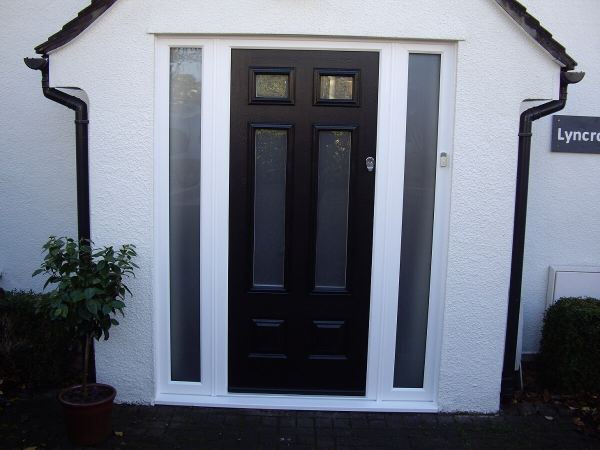 Enduance Schwarz Braun Black Bowmont Door with satin glass
