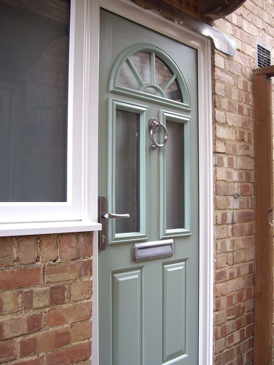 Endurance Chartwell Green Skiddaw doorwith Satin glass and Heritage furniture