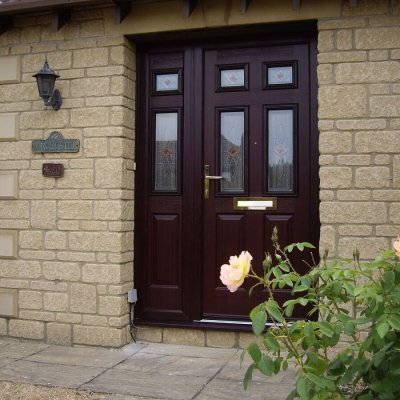 Endurance Door and Composite Side Screen with Matching Glass