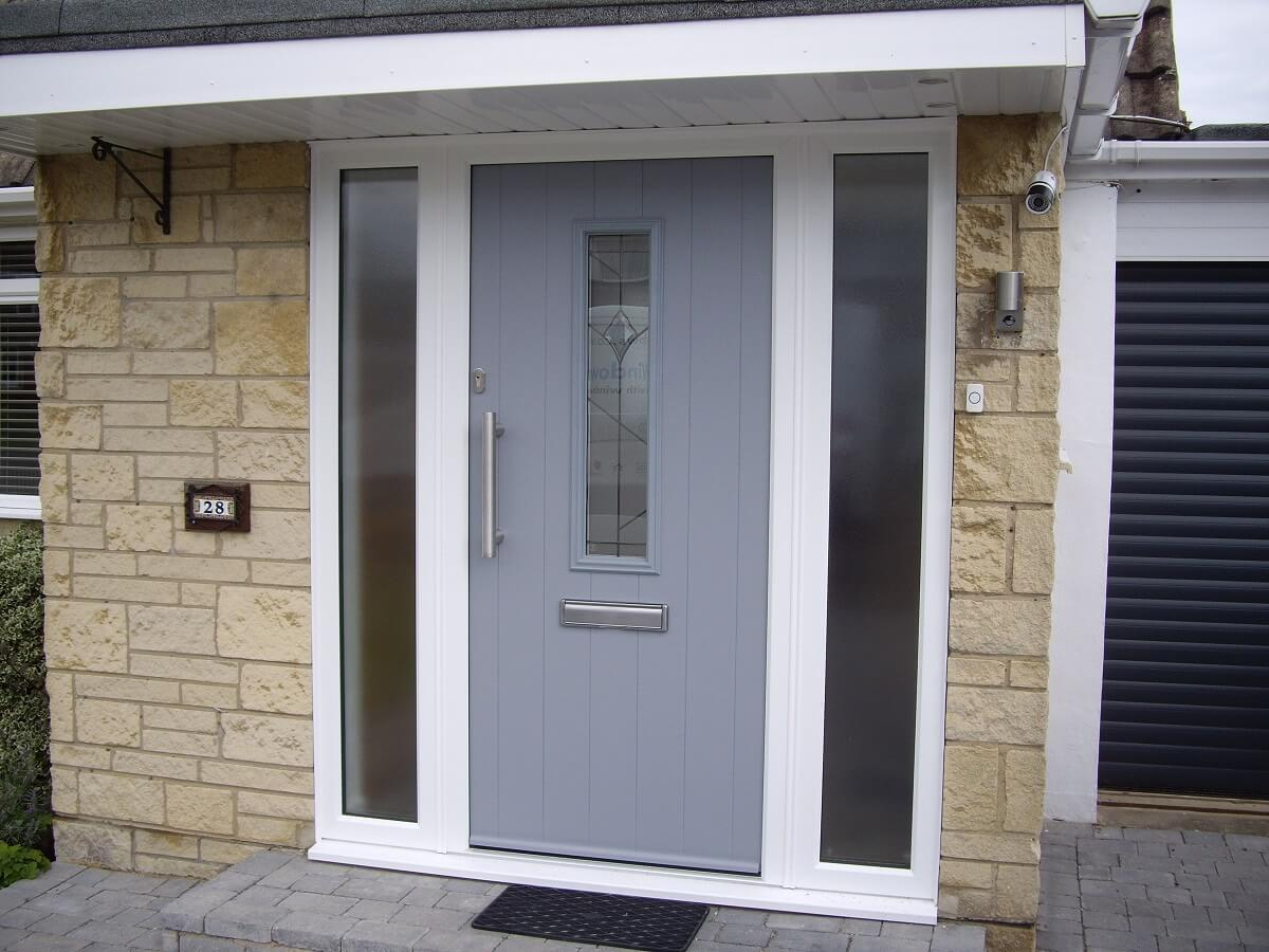 Endurance Elephant Grey Lingmoor door with Deco glass