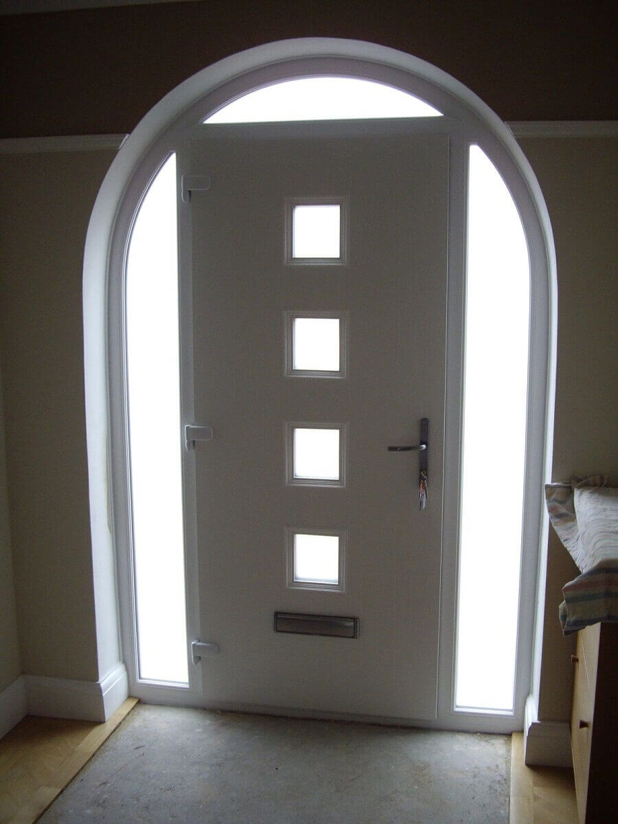 Internal view of shaped Apeer door