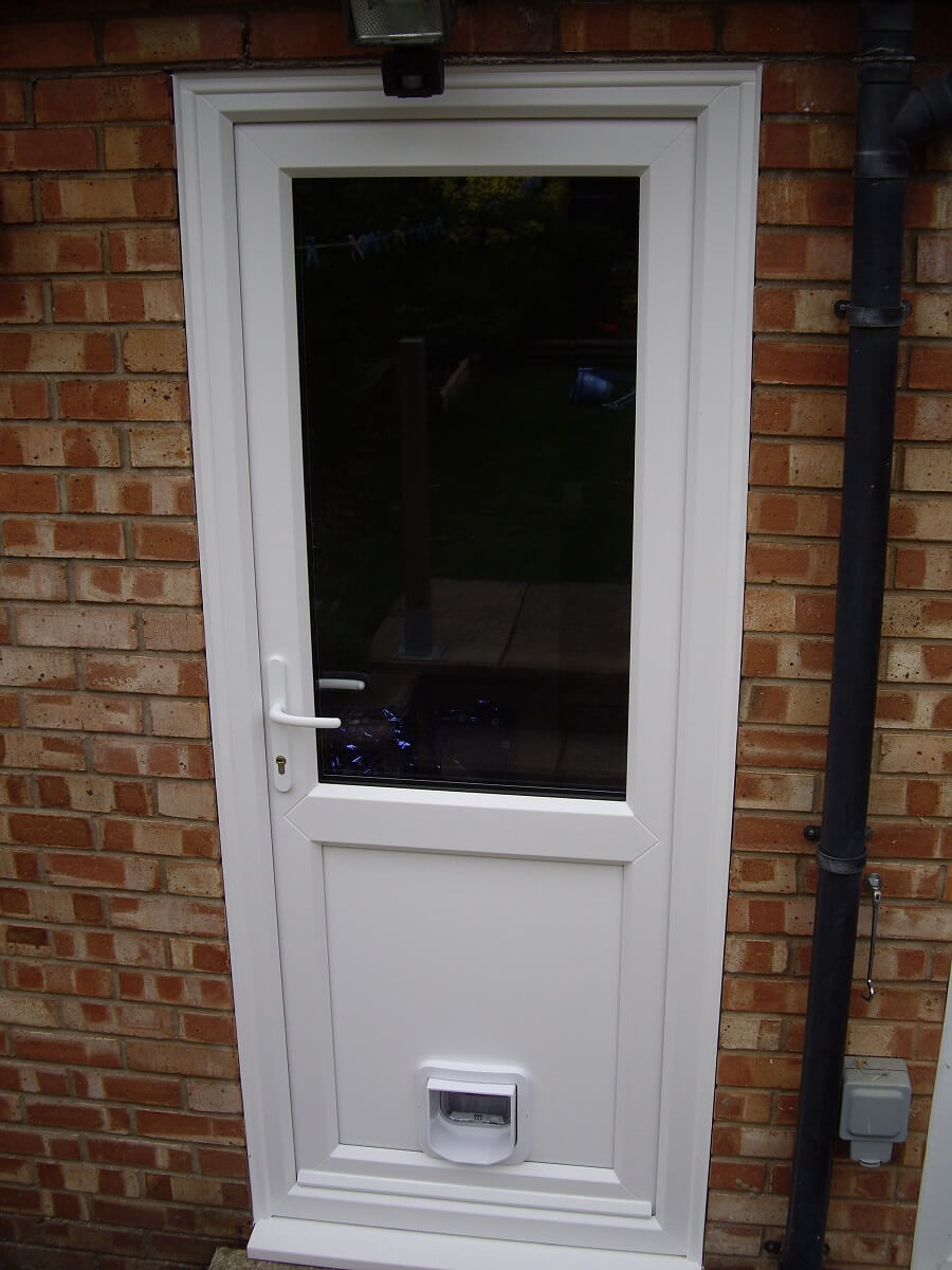PVCu door with cat flap
