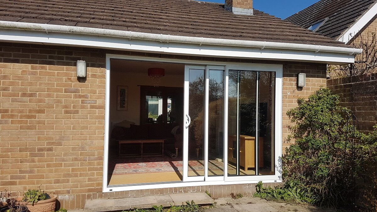 Triple track aluminium sliding patio doors (external open)